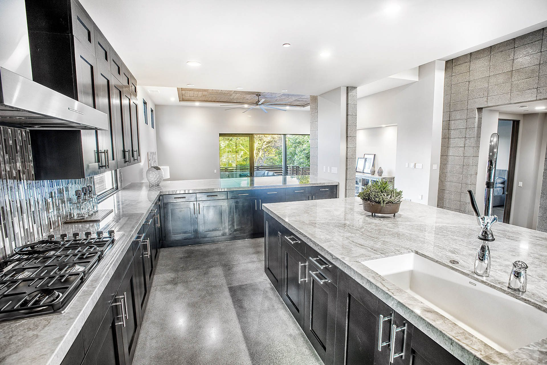 gourmet-kitchen-island