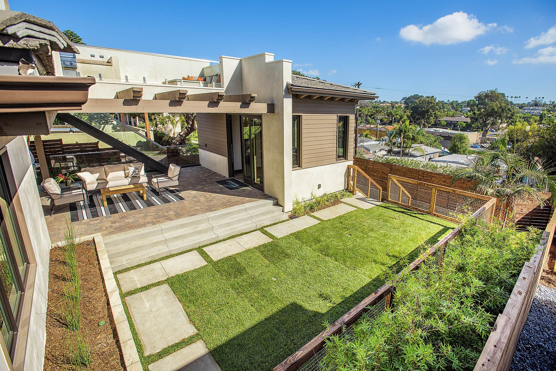 outdoor-living-space–san-diego